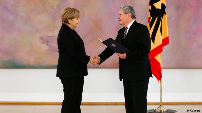Angela Merkel wird von Joachim Gauck zur Kanzlerin vereidigt (Foto: Reuters)