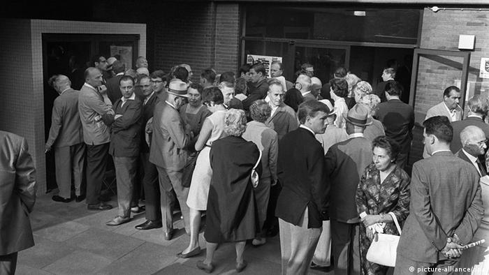 Sierpień 1965: kolejki przed salą rozpraw