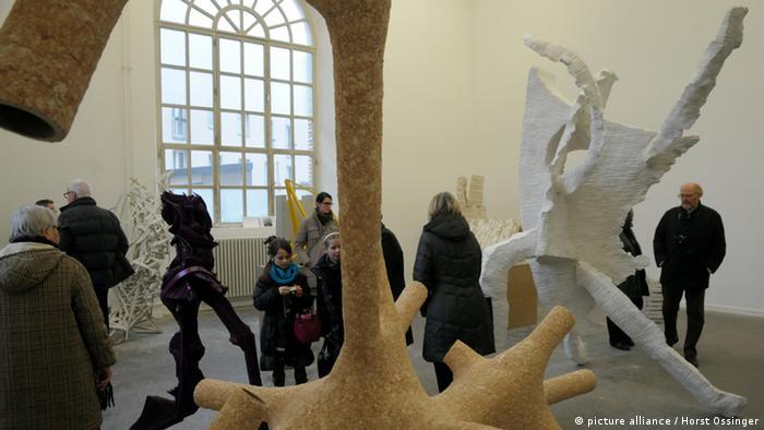 Ausstellung in der Kunstakademie Düsseldorf (Foto: picture alliance / Horst Ossinger)
