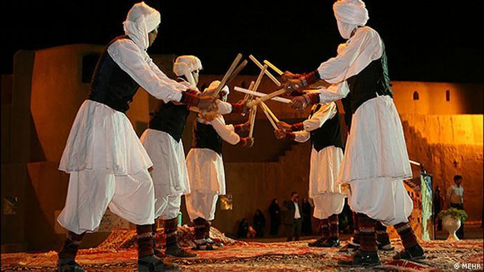 Bildergalerie Traditioneller Tanz im Iran