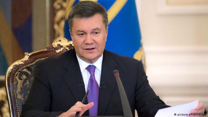 Янукович говорив з журналістами півтори години