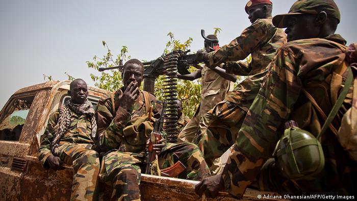 Südsudan Militär Soldaten ARCHIVBILD 2012