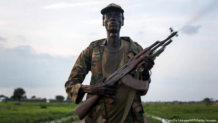 A Lou Nuer soldier