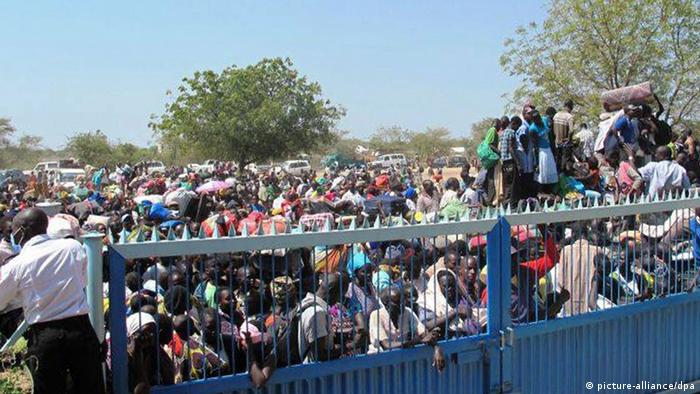 South Sudanese refugees flocking to a UN compound.