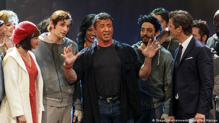 Sylvester Stallone auf Werbetour für das Musical Rocky 2013 im deutschen Fernsehen bei Wetten, dass..? (Foto: Stage Entertainment/Morris Mac Matzen)