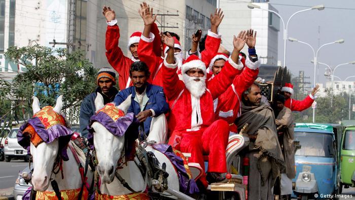 Pakistan Lahore Christen Weihnachten Nikolaus