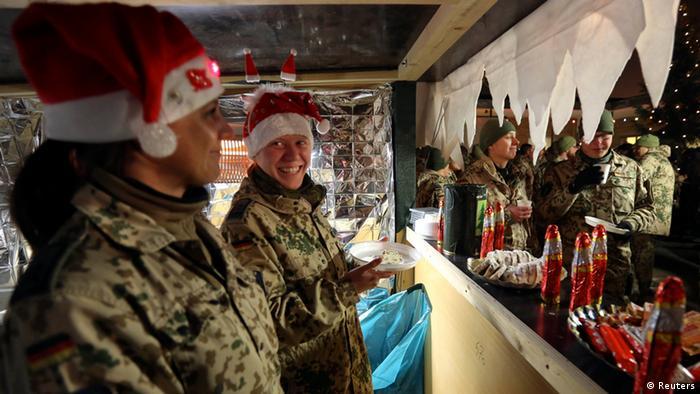 Afghanistan Mazar-i-Sharif Bundeswehr Weihnachtsmarkt