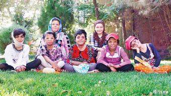 Iran Kinder Shinabad (Isna)