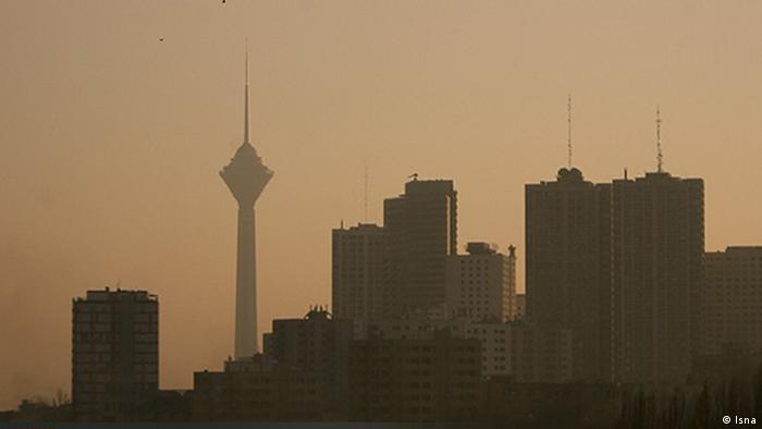 مه دود، رطوبت، سکون هوا نشانههای آشکار آلودگی هوا در کلانشهرهای ایران است