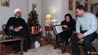 ملاقات رئیس جمهور ایران با یک خانواده مسیحی در سال نو میلادی ۲۰۱۵