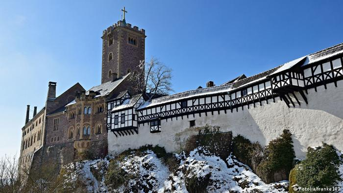 The castle in Wartburg where Luther took asylum (Fotolia/franke182)