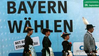 «Ψηφίστε Βαυαρία», αναγράφεται στην αφίσα των Χριστιανοκοινωνστών