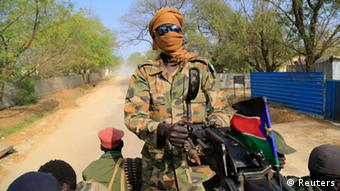 Konflikt im Südsudan Regierungssoldat 30.12.2013
