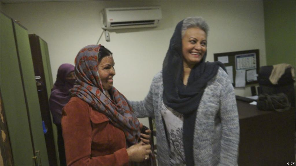 Pakistan′s acid attack survivors ′Smile Again′ | Asia| An in