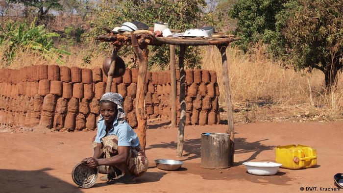 Bauern in Sambia (Foto: T. Kruchem/DW)