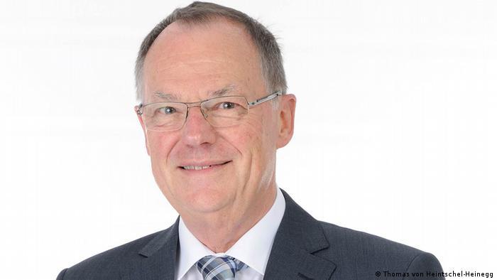 Porträt des ehemaligen Richters Bernd von Heintschel-Heinegg (Foto: Thomas von Heintschel-Heinegg)