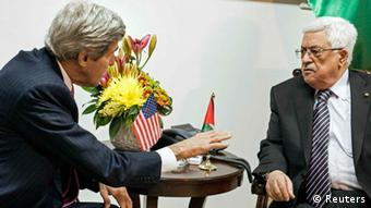 Kerry und Abbas in Ramallah, 04.01.2014 (Foto: Reuters)