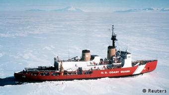 Der US Eisbrechers Polar Star.
