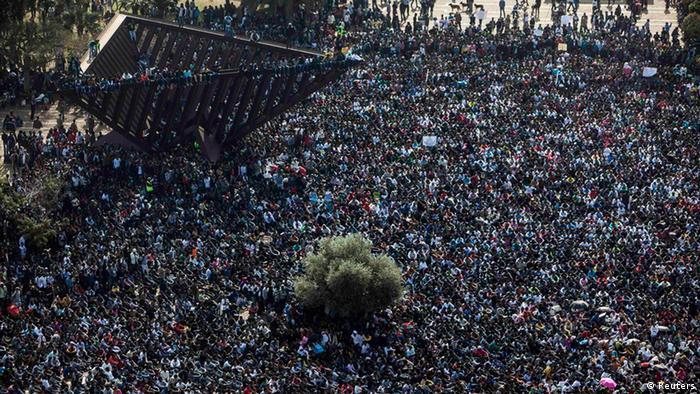 Afrikanische Flüchtlinge demonstrieren in Israel (Foto: Reuters)