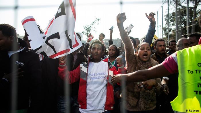 Africans demonstrating in Tel Aviv in 2014