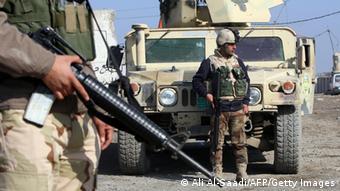 Irak Soldaten Checkpoint 06.01.2014