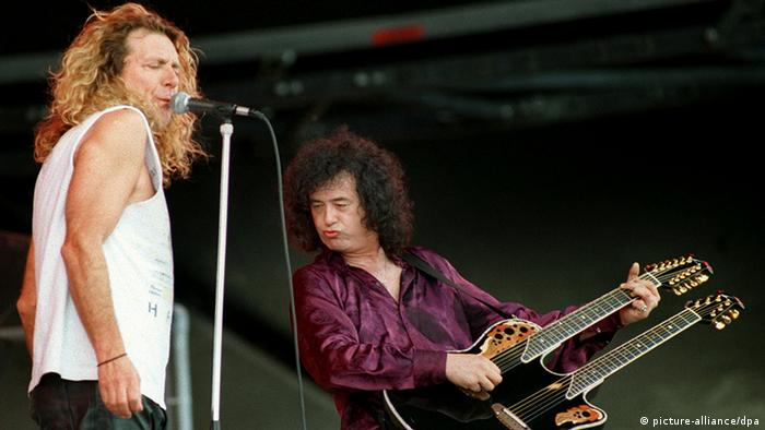 Großbritannien Musik Band Led Zeppelin Robert Plant und Jimmy Page (picture-alliance/dpa)