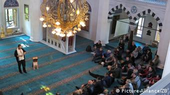 ۴۲ درصد از پرسششوندگان خواستار اعمال محدودیت برای ساخت مساجد در آلمان بودهاند
