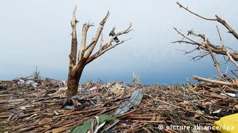 Εικόνες βιβλικής καταστροφής στις ΗΠΑ μετά το χτύπημα κυκλώνα
