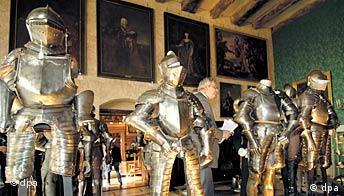 Welfenauktion auf Schloss Marienburg, Haus Hannover