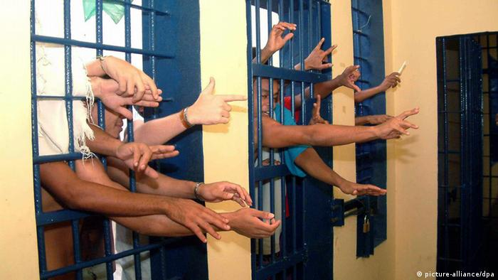 Brasilien Gefängnis Überfüllung Archiv 2006