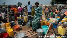 Zentralafrikanische Republik Trinkwasser in Bangui 07.01.2014