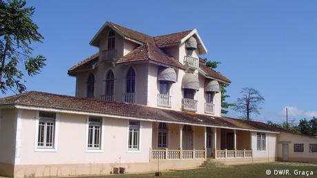 São Tomé e Príncipe Haupthaus der Roça Roca Amparo
