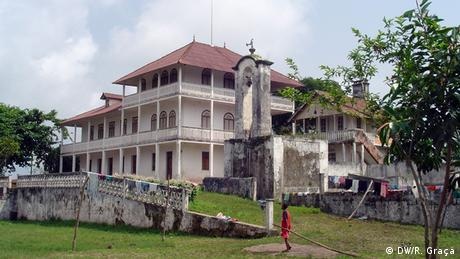 São Tomé e Príncipe - Herrenhaus der Roça Vista Alegre