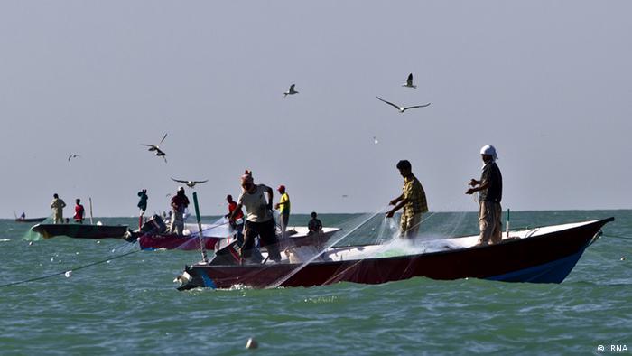 صیادان ایرانی در آبهای جنوب کشور با مشکلات زیادی مواجهاند