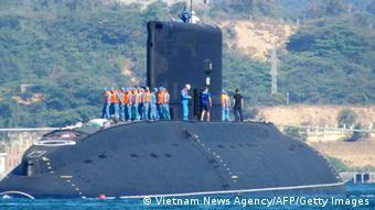Vietnam U-Boot im Hafen von Cam Ranh Bay 03.01.2014