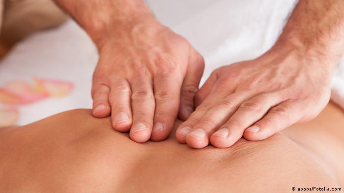 Symbolbild Massage (apops/Fotolia.com)