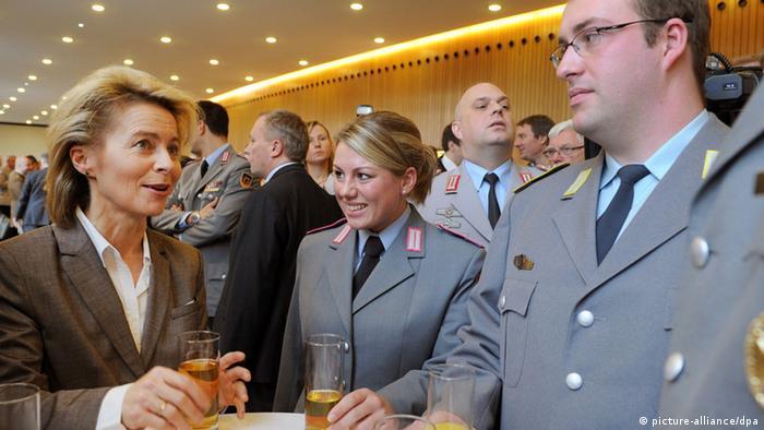 Bundeswehr soll familienfreundlicher werden