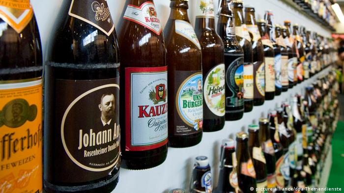 Bierflaschen Bier Regal Vielfalt Bier Sorten Marken