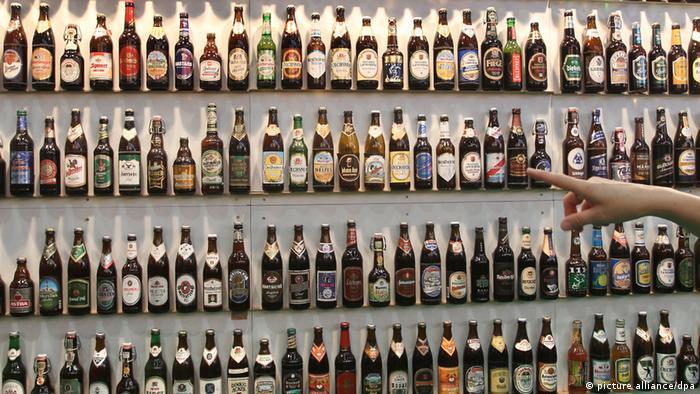 Bierflaschen Biersorten Vielfalt Regal