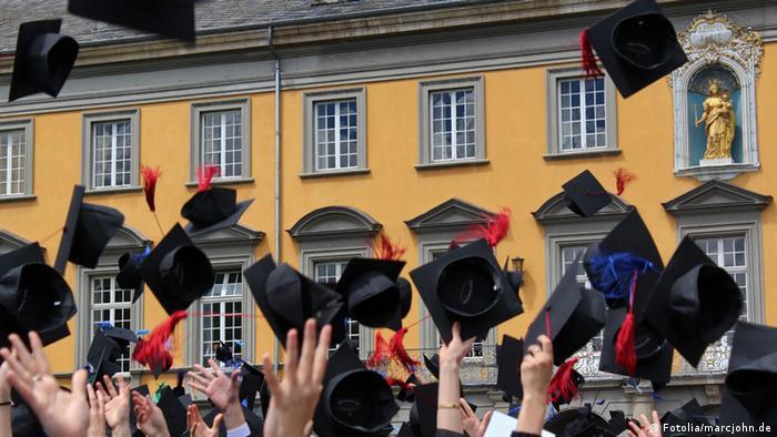 Absolvenți la Bonn