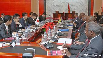 Gespräche zwischen den Delegationen von Japan und Mosambik