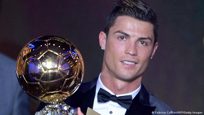 Cristiano Ronaldo Pemain Sepak Bola Terbaik Dunia