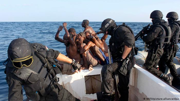 Arrest of suspected pirates by Portuguese soldiers of the frigate 'Alvares Cabral' in the Gulf of Aden, Somalia
