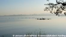 Lake Tana, Ethiopia, Africa Der Tanasee, auch Tsanasee oder Dembeasee genannt, liegt im Hochland von Abessinien in Äthiopien (Ostafrika). Er ist Afrikas höchstgelegener und Äthiopiens größter See.