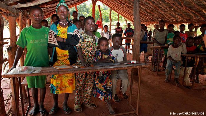 Foto de arquivo (2012): Escola na República Centro-Africana