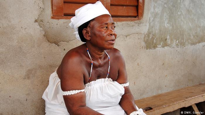 Bildergalerie Voodoo in Westafrika - Priesterin Kagodo (Foto: Katrin Gänsler)