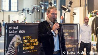 Olaf Schmidt von Frankfurt Messe ist für den Textilbereich zuständig (Foto: Ethical Fashion Show)
