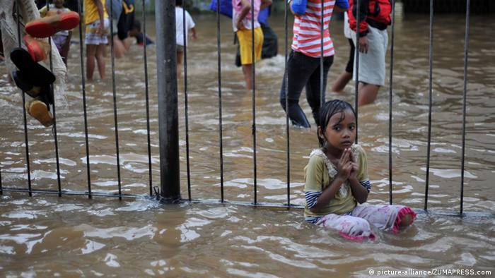 Indonesien Jakarta Flut Überschwemmung Monsun