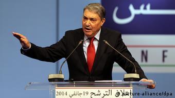 علی بنفلیس نخستوزیر پیشین الجزایر مهمترین رقیب بوتفلیقه، شانس زیادی برای پیروزی ندارد