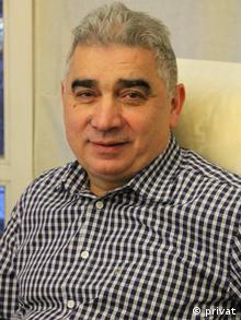 Νίκος Αθανασιάδης: τους πέταξαν έξω από το σπίτι.